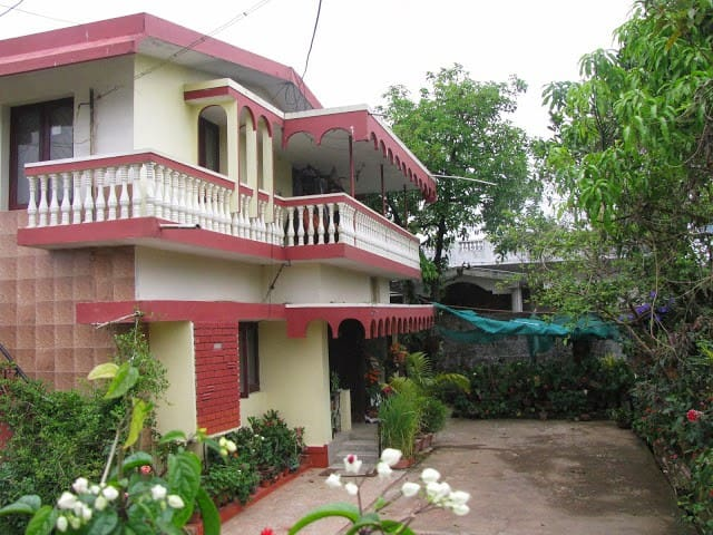 Aaarti Homestay ( A home away from home)