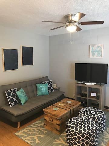 Paradise FLAT -1 Bed/ 1 Bath/ 1 Parking
