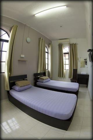 Warni Villa 8 (Room No.6)