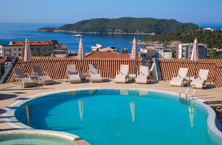 Spa Resort Becici - 1BD Apartment with POOL -AP1