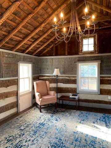 Sitting area in the upstairs Master Suite