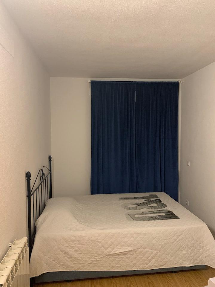 Se alquila habitacion con baño privado mucha paz