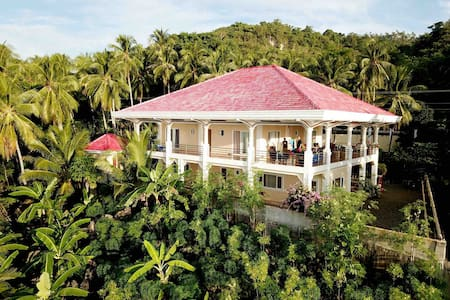Cosy Villa Seafront Superb View  Basay Philippines
