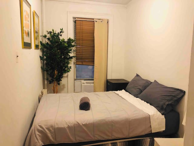 COMFY ROOM in Chelsea for long term