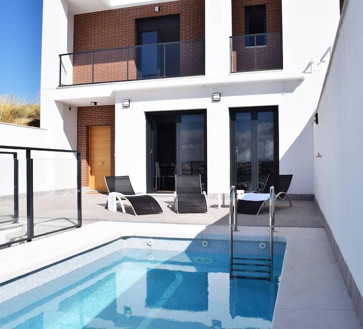 Magnifica vivienda con piscina privada en Granada