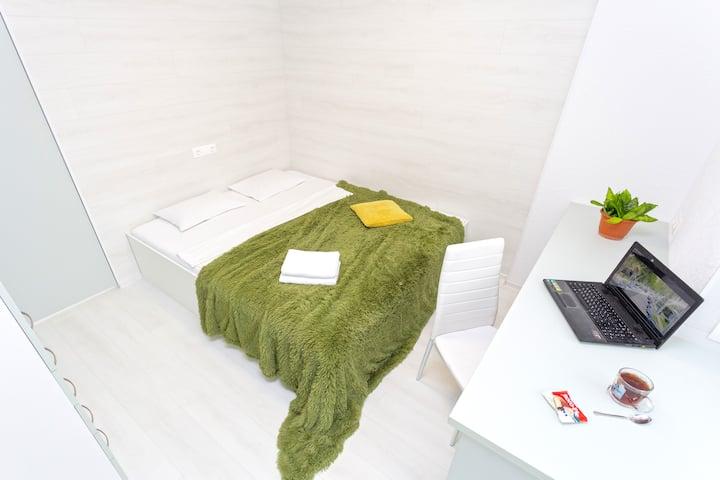 Новая,уютная квартира с дизайнерской планировкой.