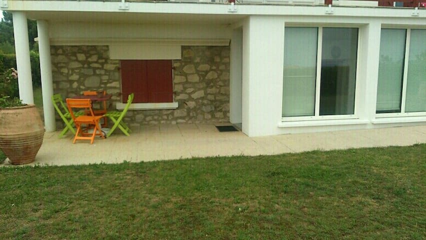 Agreable appartement TERRASE/VU MER MILADY