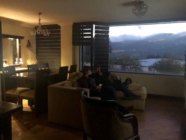 Apartamento norte de Quito tres habitaciones.