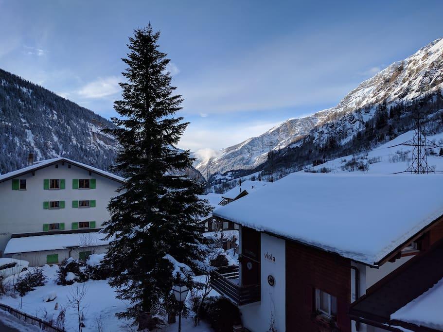 Aussicht Balkon Wohnzimmer im Winter