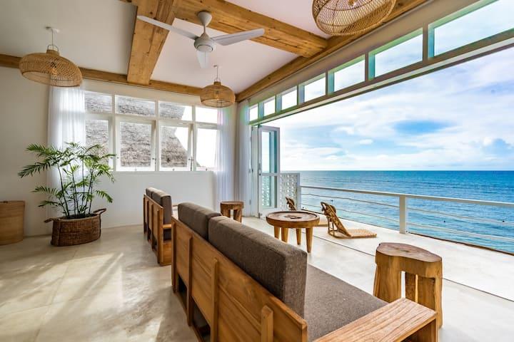Absolute Beachfront 2 Bedroom Suite, Bingin Beach
