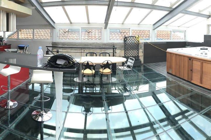Loft de 350 m², piscine, jacuzzi, unique sur BDX - Burdeos - Loft