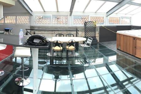 Loft de 350 m², piscine, jacuzzi, unique sur BDX - Bordeaux - Loteng Studio