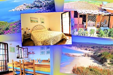 Villa a due passi dal mare