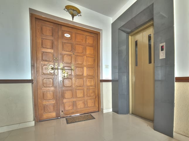 Cozy Penthouse beside Kowdiar Palace - Trivandrum  - Apartamento