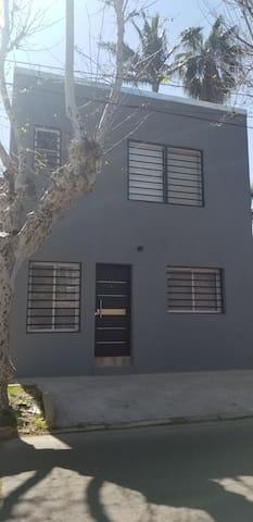 Nuevo y luminoso duplex en Tigre residencial