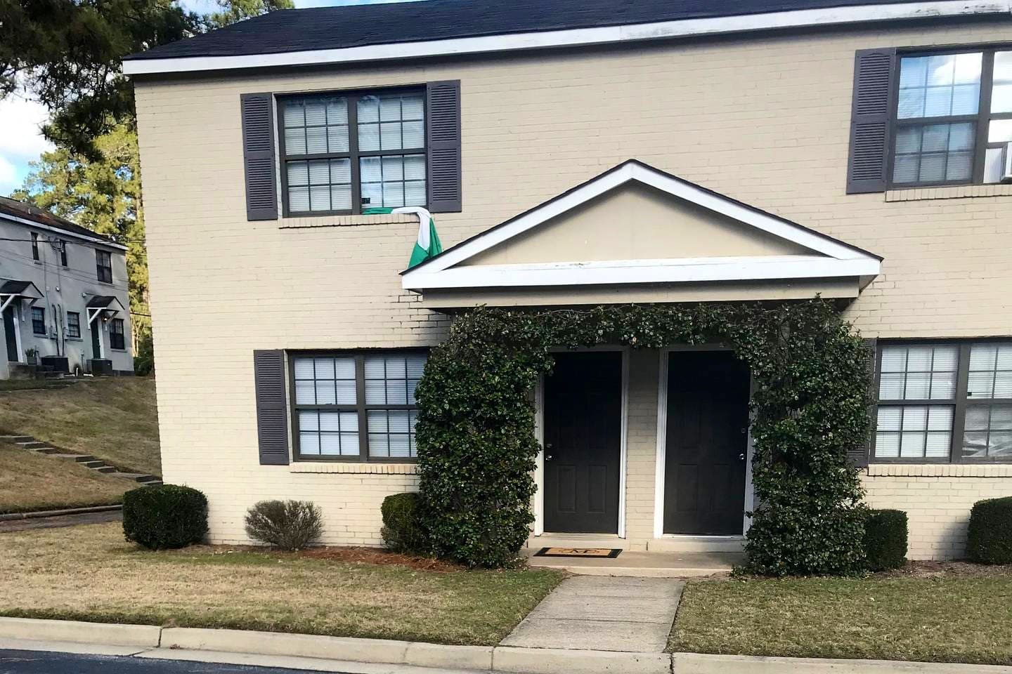 Bransford Townhomes, Building G, Apartment 44