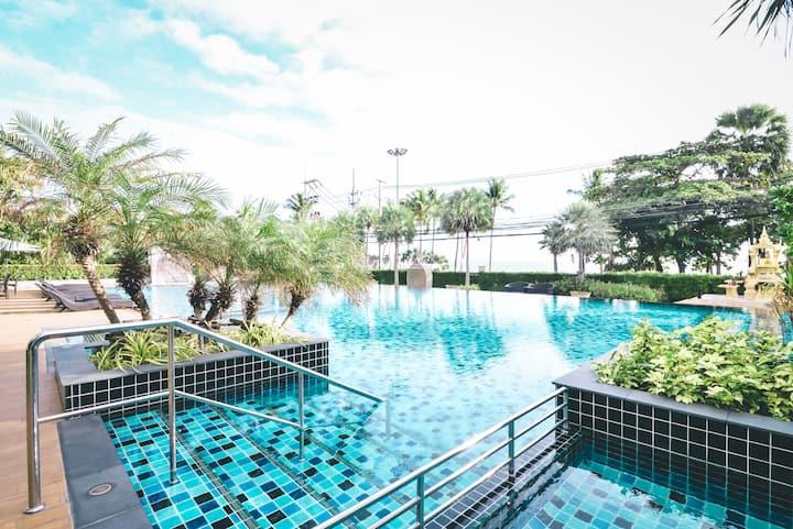 【Pattaya Cetus】180度全海景 临海高端一居公寓 超高层精装修 中天海滩 配套无边泳池