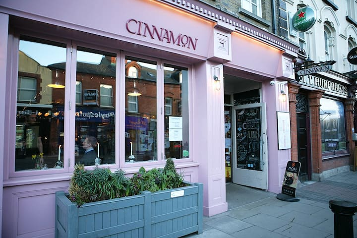 Ranelagh village contains many excellent shops, restaurants and cafes