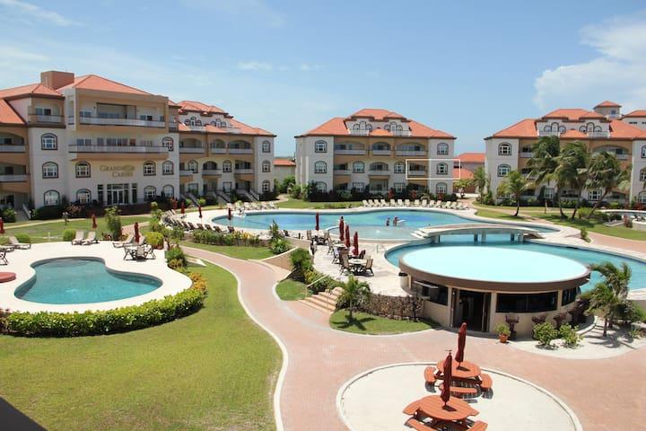 Luxury Caribbean Condo at Belize's #1 Hotel