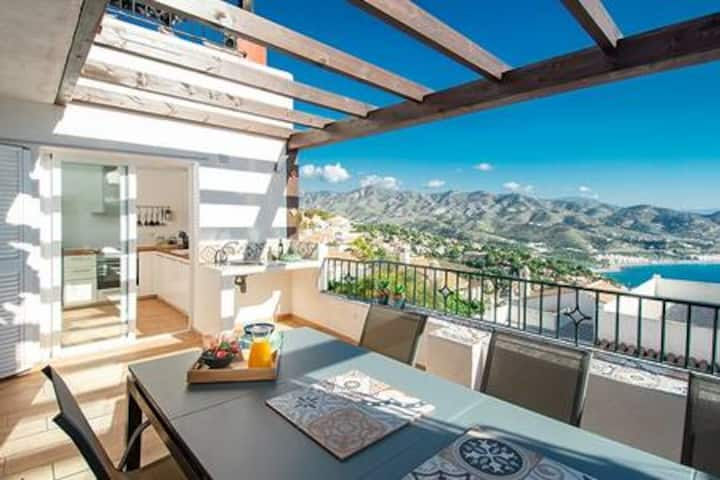 Andalusia, splendid view between sea and mountains