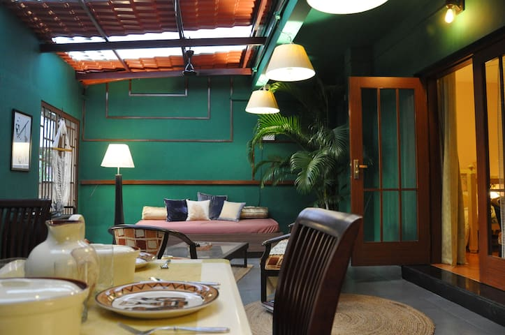 2 Bedroom Apartment with Unique Outdoor Space
