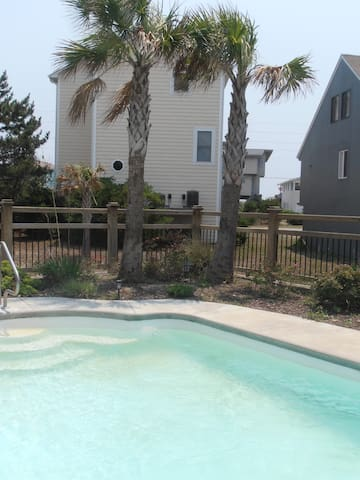 Surf City beach house with pool and hot tub!