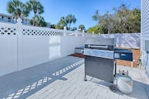 25% OFF for 2019! Perfect Location - Private Pool - Spacious & Modern Home
