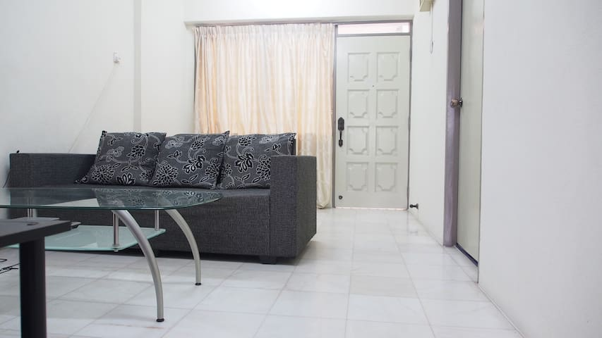 Comfortable double room with A/C and Wifi - George Town - Lägenhet