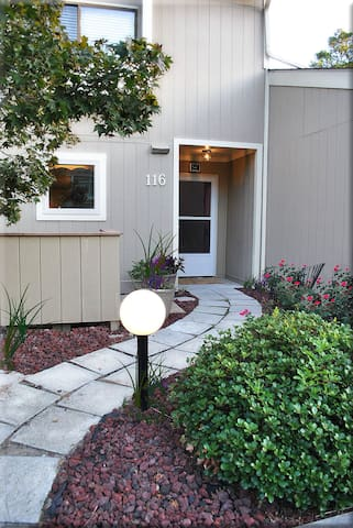 PAR PHIVE townhouse on the golf course & pond - New Bern - Townhouse
