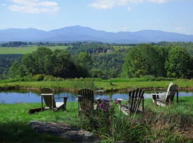 Vermont Mountain View Property - Hyde Park - Hus