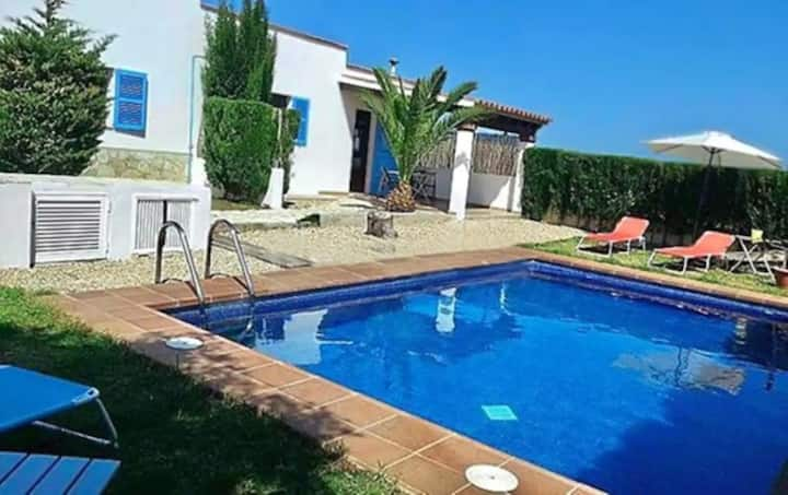 "Holiday Home ""Villa Calma"" with Garden, Pool, Terrace, Air Conditioning & WiFi; Parking Available"