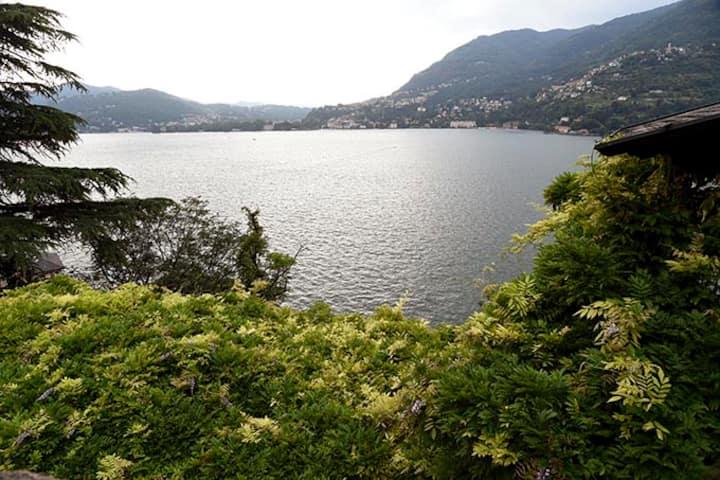 Lago di Como casa indipendente