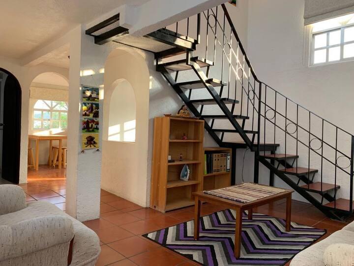 Comfortable, private apartment in Satelite