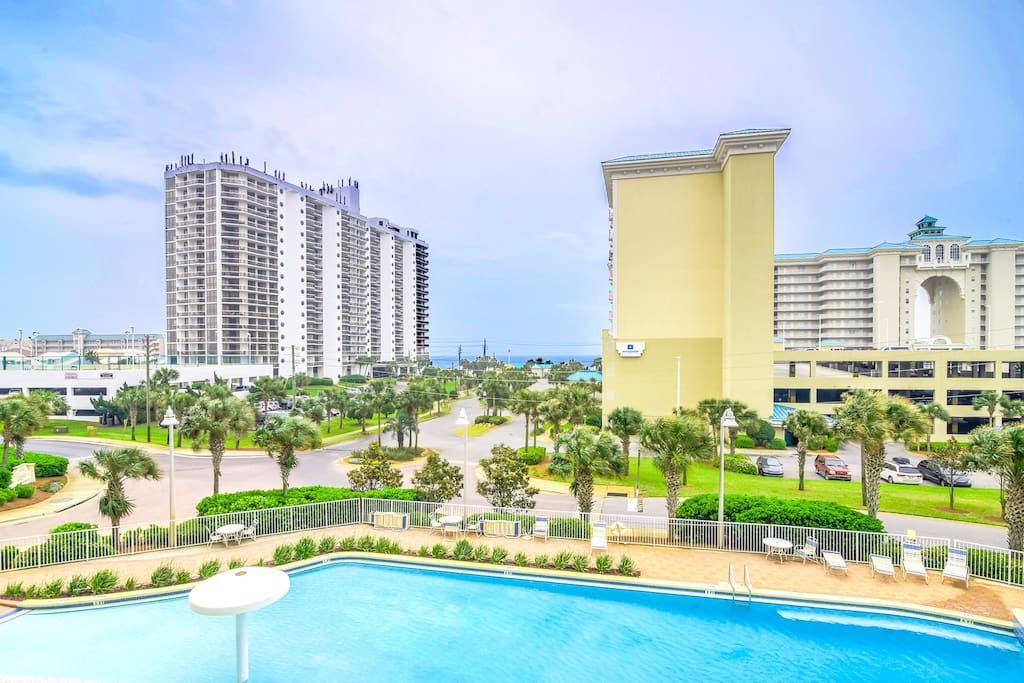 Fabulous Pool and Gulf Views from the Balcony!