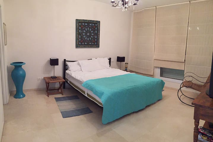 Beautiful vacation apartment at the marina - Herzliya - Daire