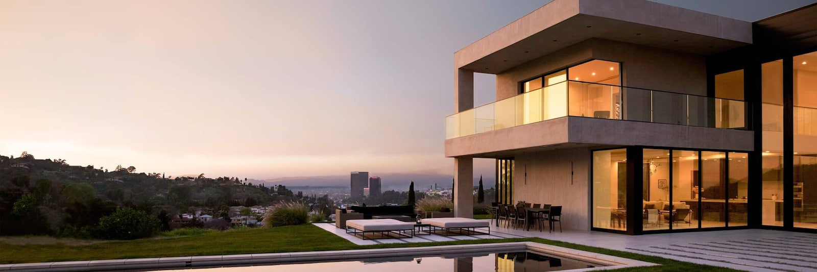 Luxury rentals in Los Angeles