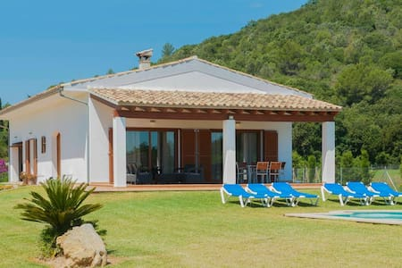 Discount -25%  Villa Can Corme: Clean and safe