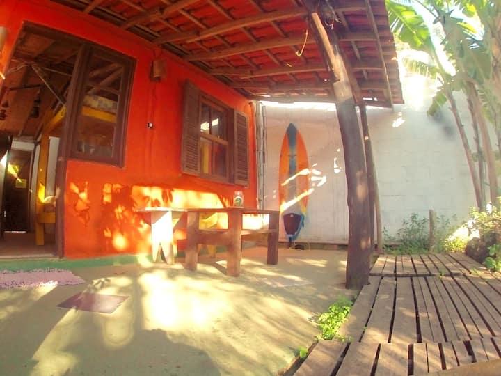 El Punto Surf House, Hostel & Bar / Casa Vermelha