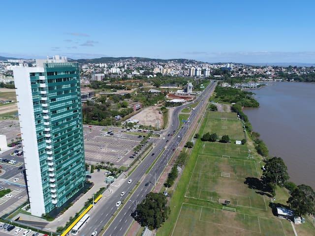 Apartamento com Sacada no Barra Shopping com Vista