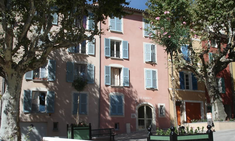 Stylish Apartment in the centre of Lorgues