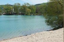 Baggersee in 5 Min. mit dem Auto oder in 20 Min. erreichbar