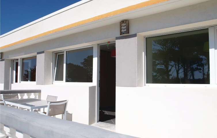 Holiday apartment with 1 bedroom on 37 m² in Trevou Treguignec