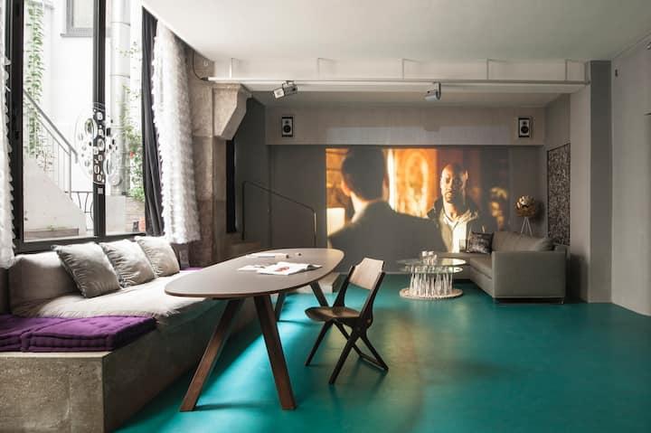 Poetic Stay: authentic artist loft - centre, quiet