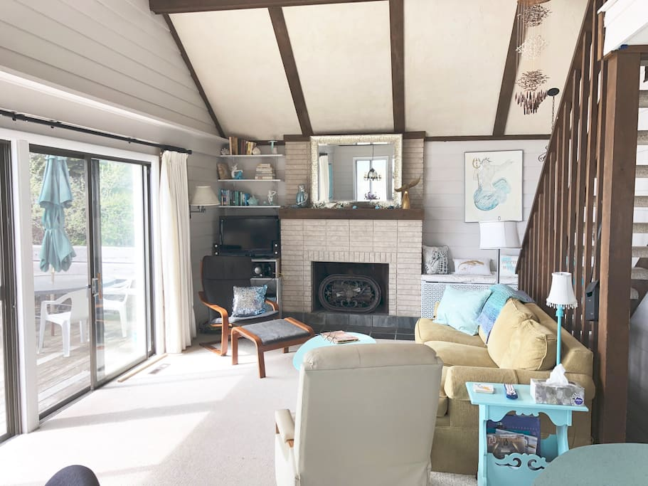 Newly 2018 renovated living room overlooks Lake MI.  Blue tooth sound system and WIFI. 16 x 30 DECK right on Lake MI