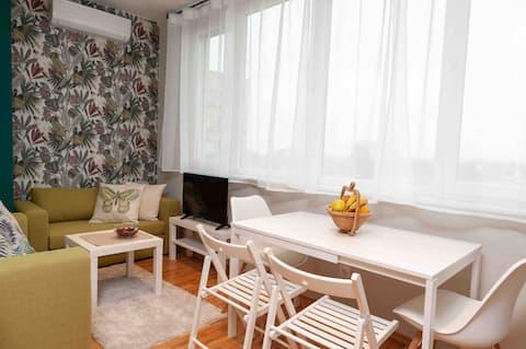 Moderne 2-værelses lejlighed i Sofia