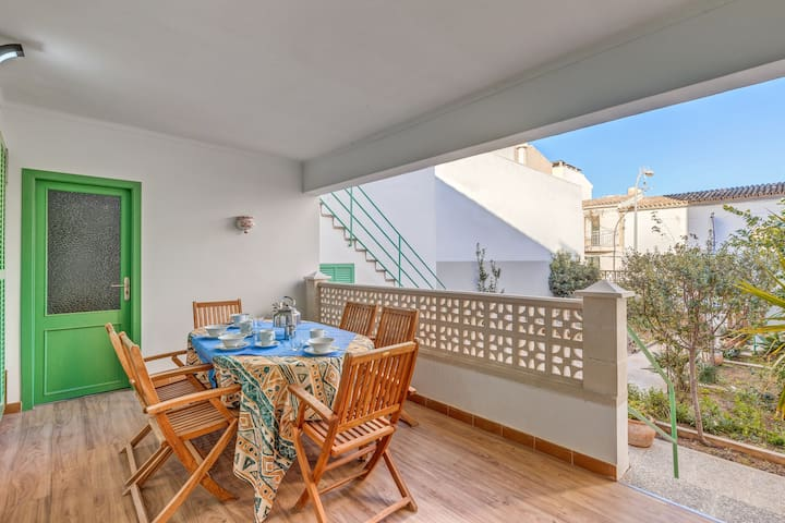 """Beautiful Holiday Home """"Villa Magdalena Pequeña"""" with Wi-Fi, Garden & Terrace; Street Parking Available"""