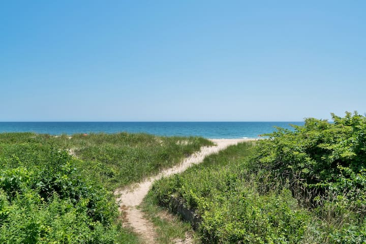 July&August or Weekly Oceanfront Home Montauk - Montauk