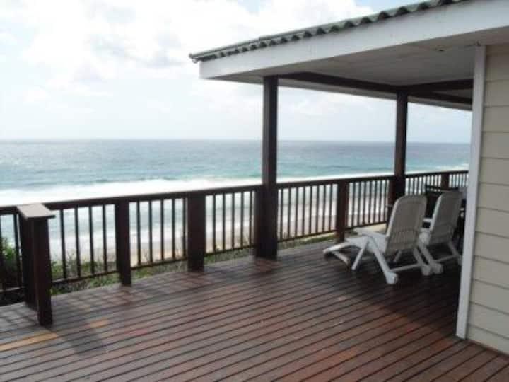 Boa Vida 3, Chalet on sanddune (Ponta Malongane)