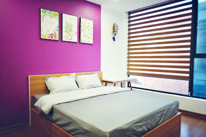 Pi's Home-Purple Flat with a sunny balcony (+LIFT)
