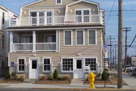 Large Ocean City Condo Close to All